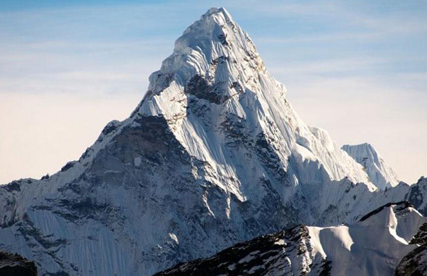 قربانیان قله مرگ آور اورست چه کسانی هستند؟ | فروشگاه کوهنوردی دومان